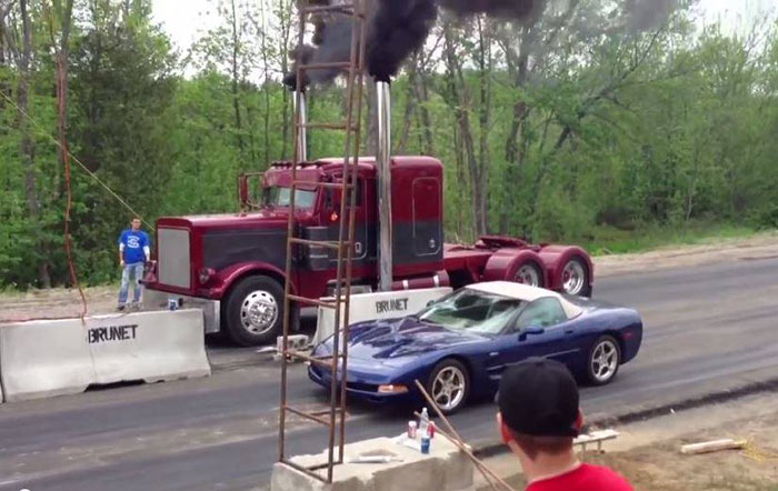You Ll Have To See It Believe A Semi Truck Is Killing The Supercars On Drag Strip